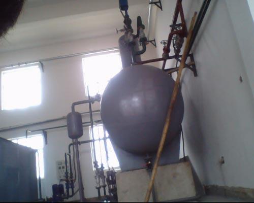 低位热力除氧器设备安装现场1