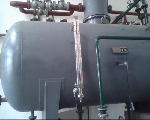 低位热力除氧器设备安装现场2